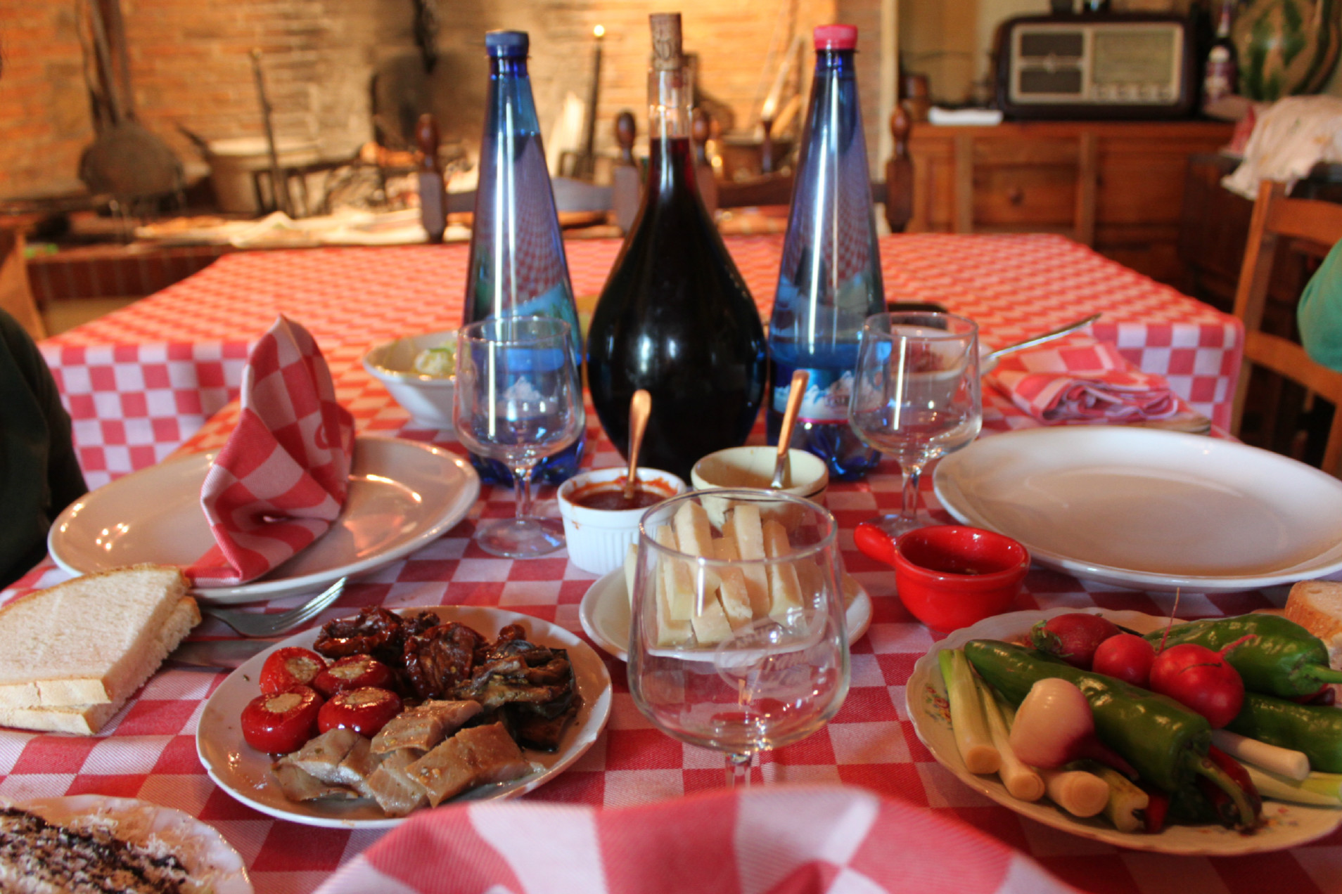 tavola antica osteria di nandone omomorto