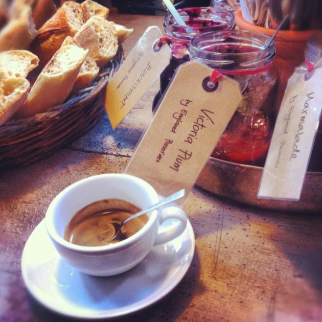 colazione da monmouth, borough market, londra