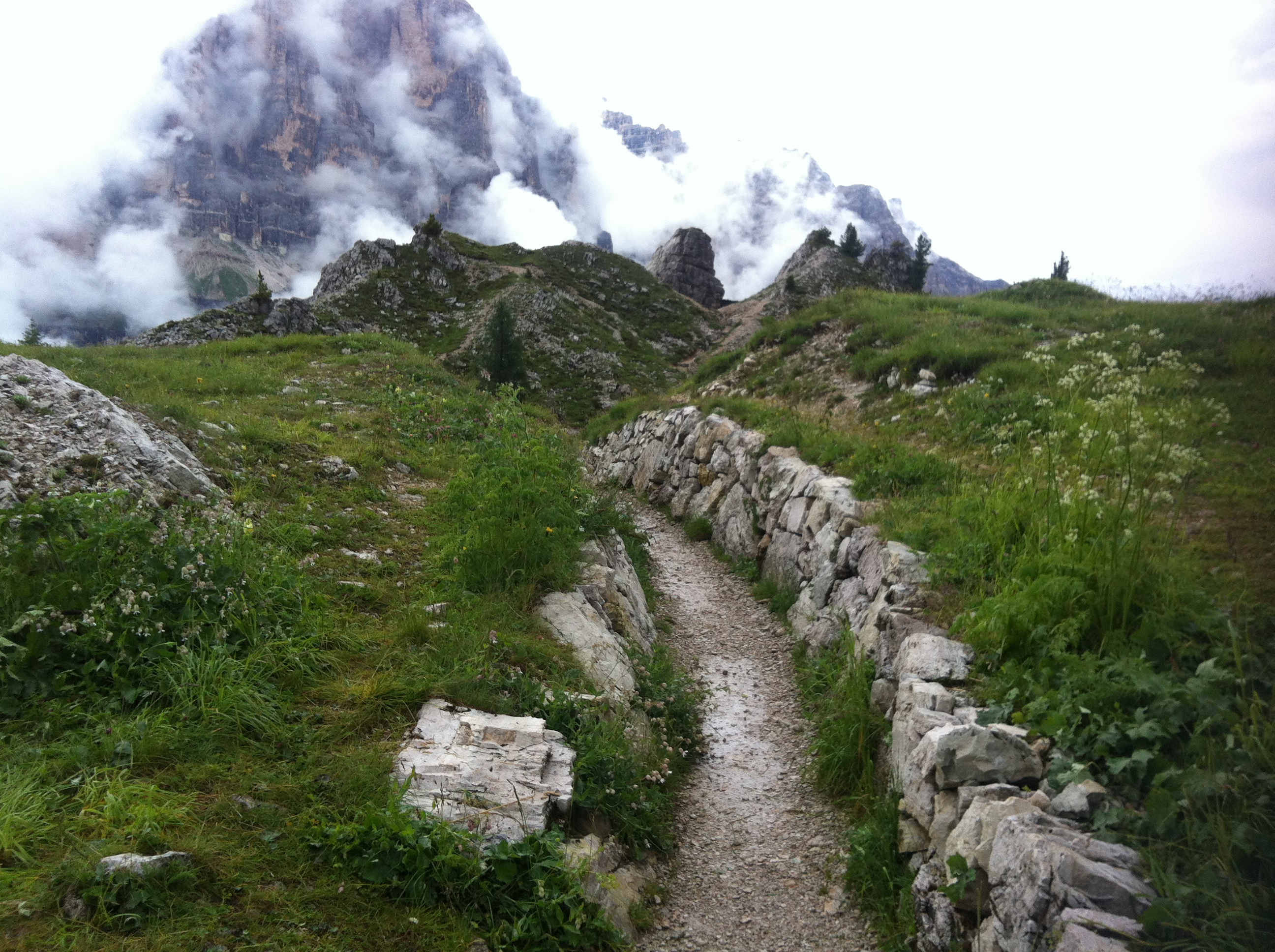 cortina hiking trip