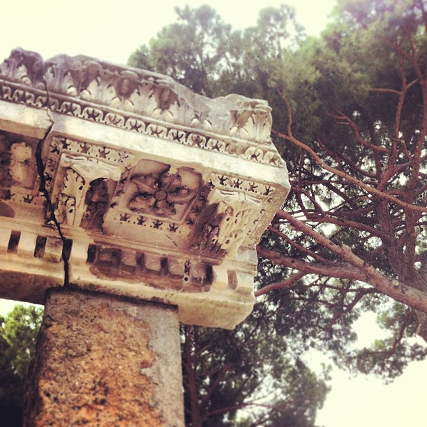 curiosità su ostia antica particolare capitello