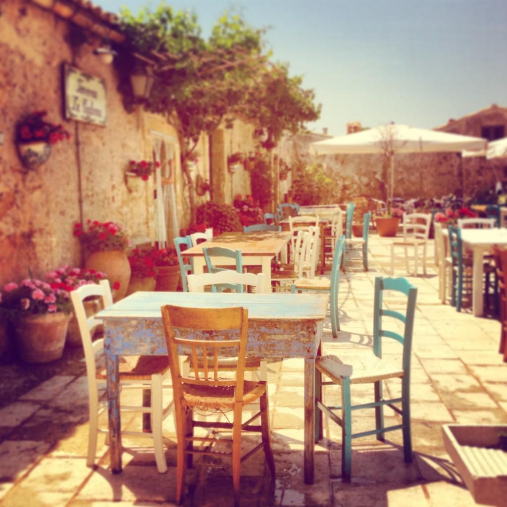la cialoma ristorante, piazza regina margherita, marzamemi, sicilia
