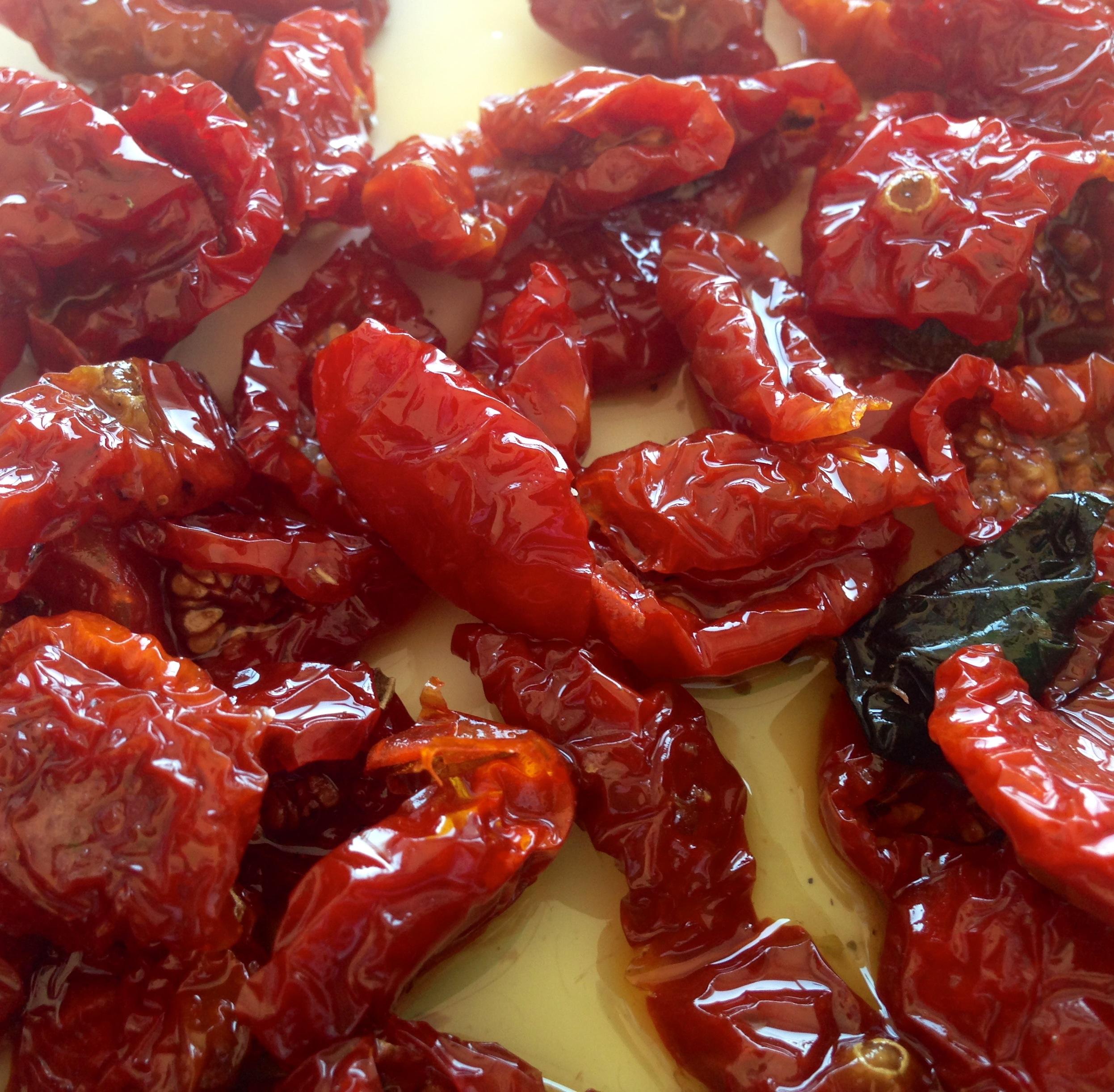 pomodorini secchi, sicilia