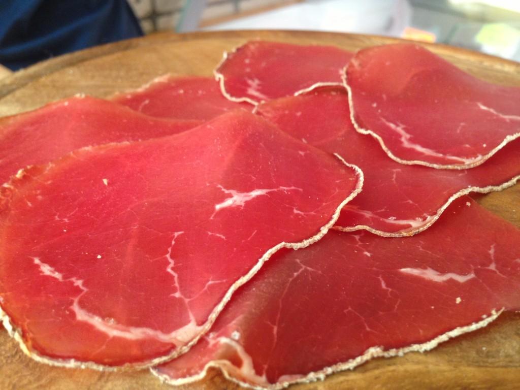 carne fumada, presidio slow food, macelleria famiglia bonelli, siror, trentino
