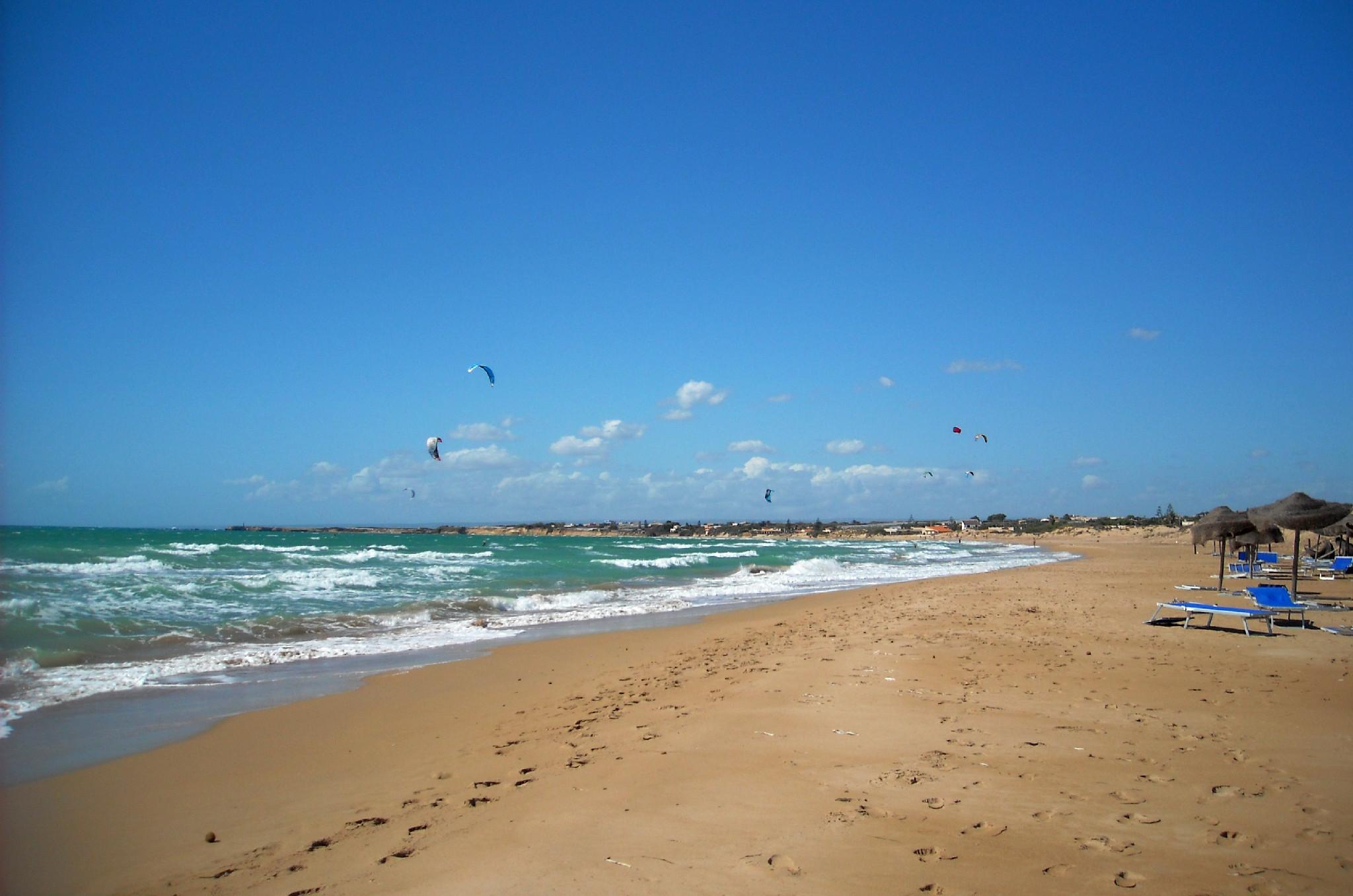 carratois spiaggia sicilia