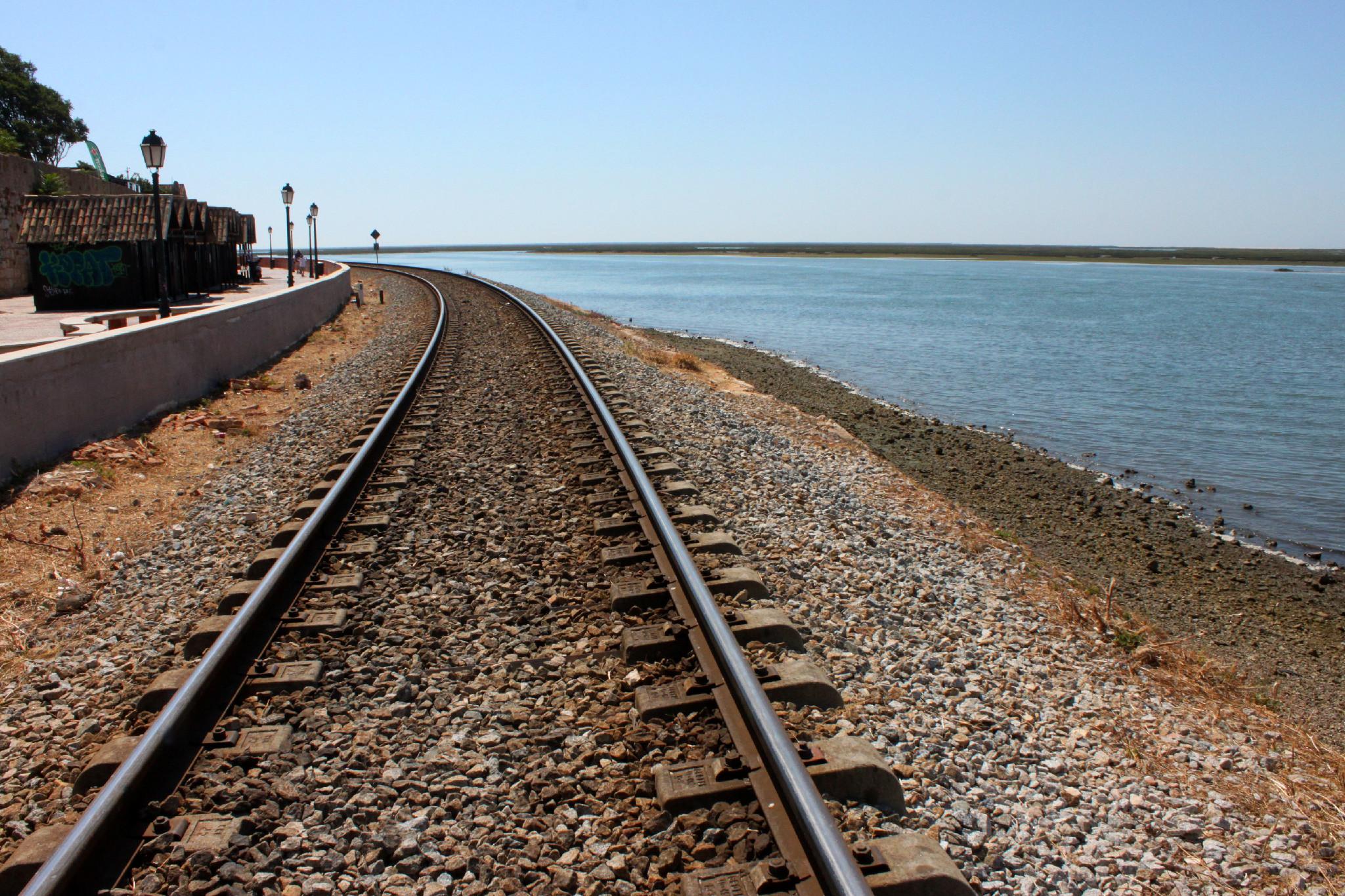 ria formosa ferrovia
