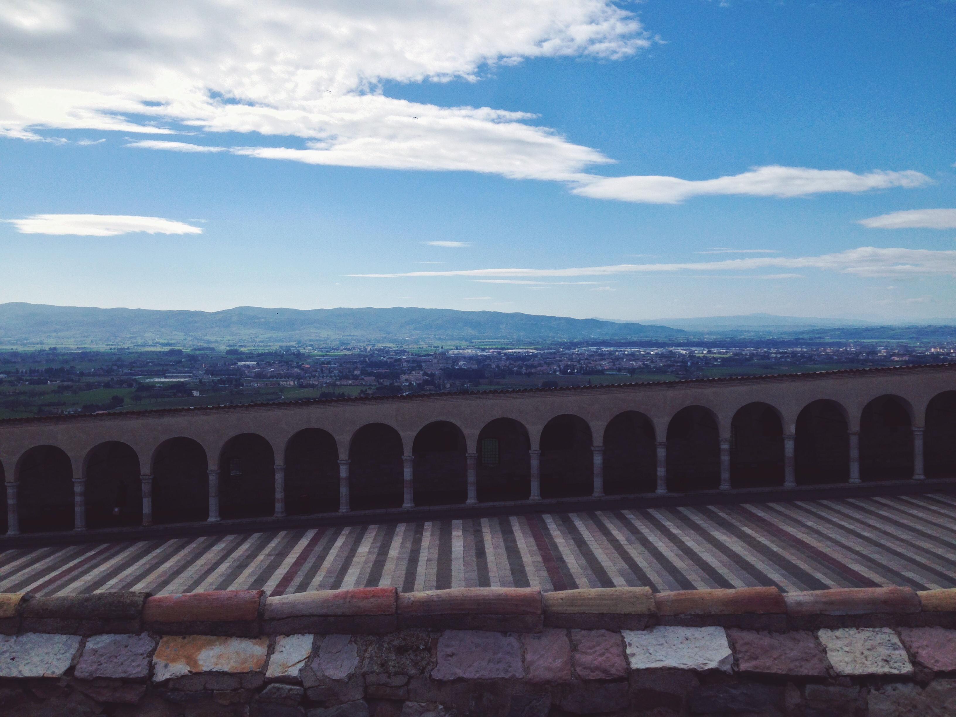 Geometrie 2 (in una silenziosa e rilassata Assisi)