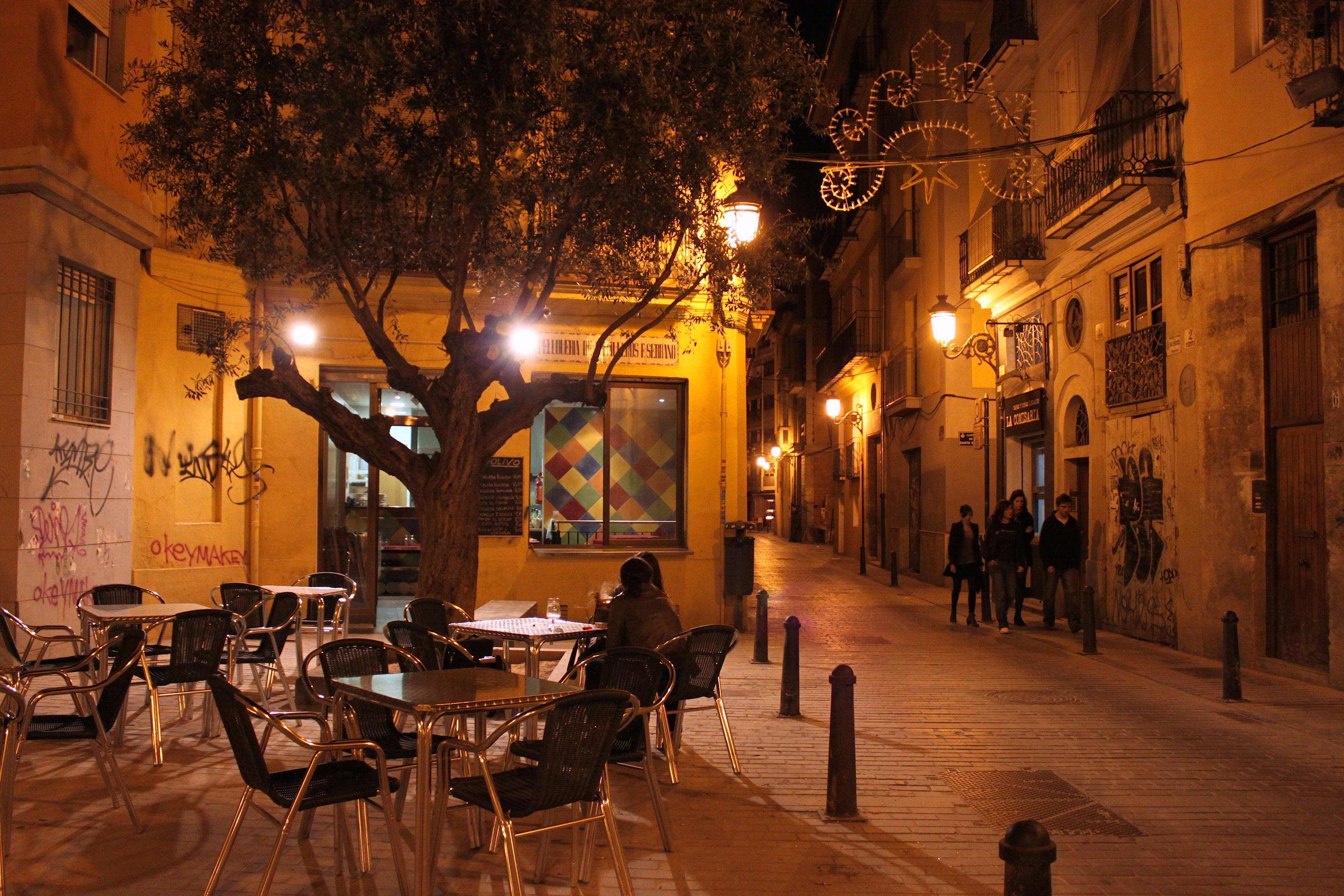 Chiacchiere nelle calde serate spagnole