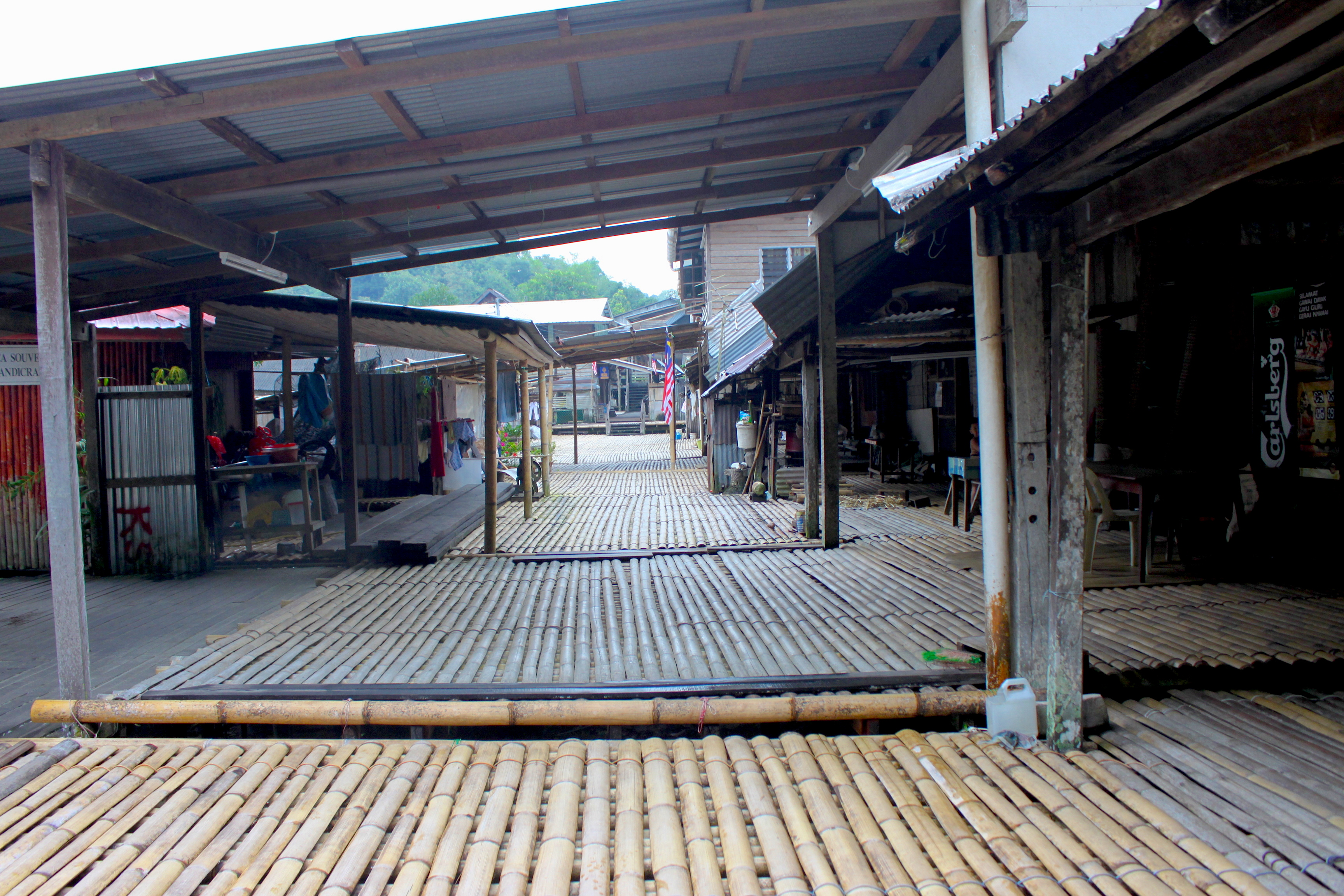 capanne longhouse iban borneo