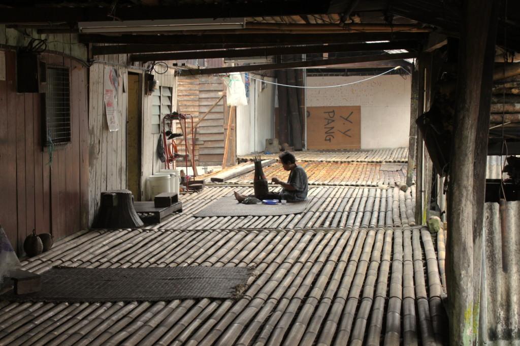 una giornata alle longhouse dagli iban nel borneo