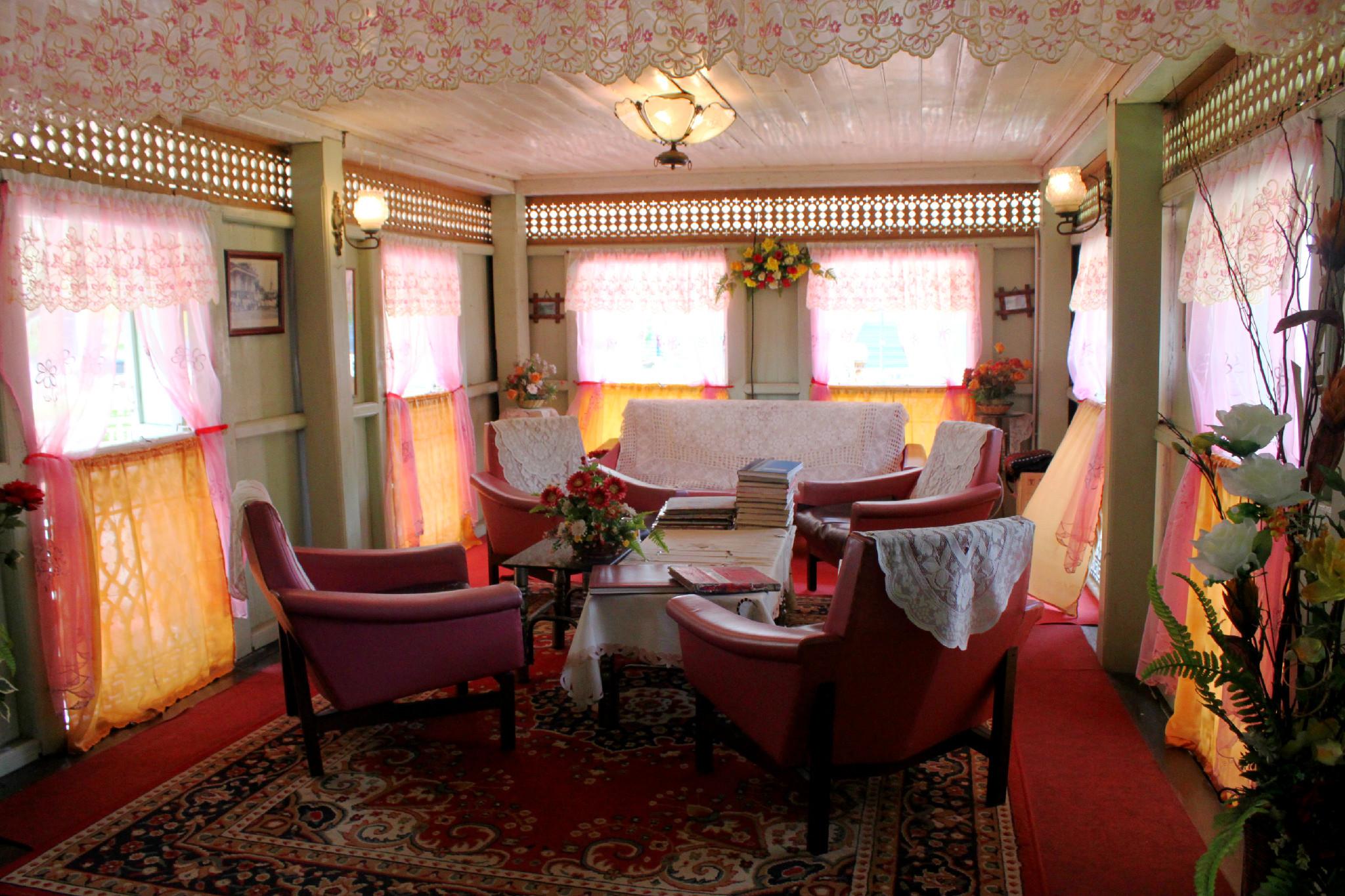 L'interno di Villa Sentosa