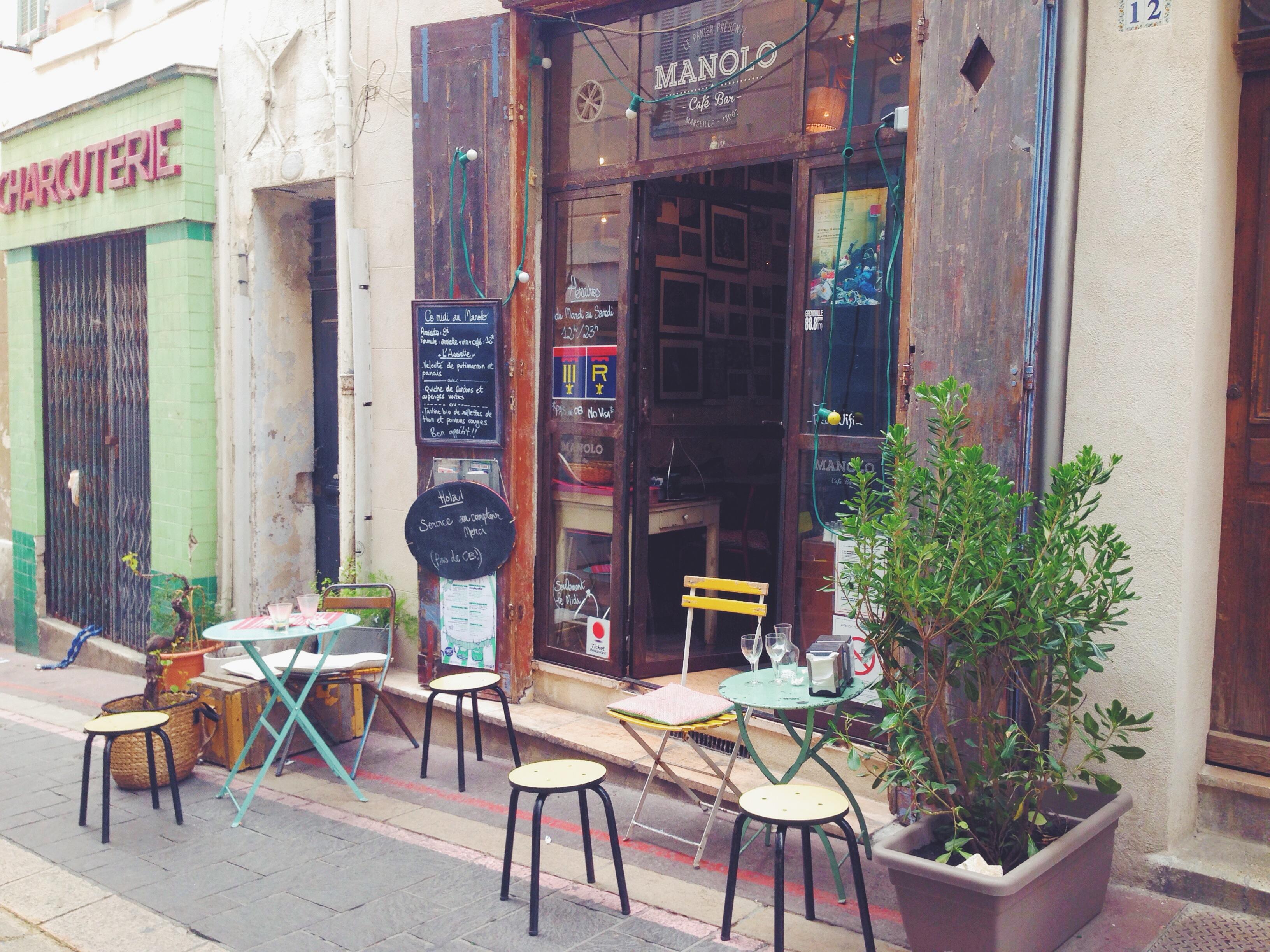 Manolo, tapas bar e ristorante nel quartiere Panier a Marsiglia