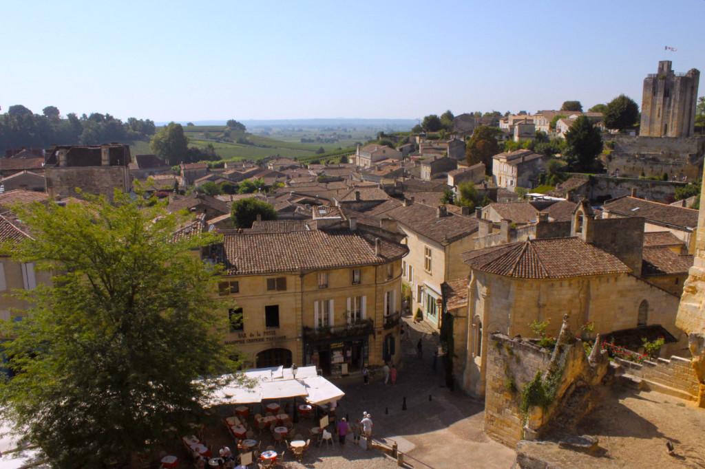 Il panorama delle vigne dal centro del paesino di Saint-Émilion