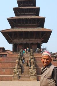 Il Tempio di Nyatapola, in centro a Bhaktapur