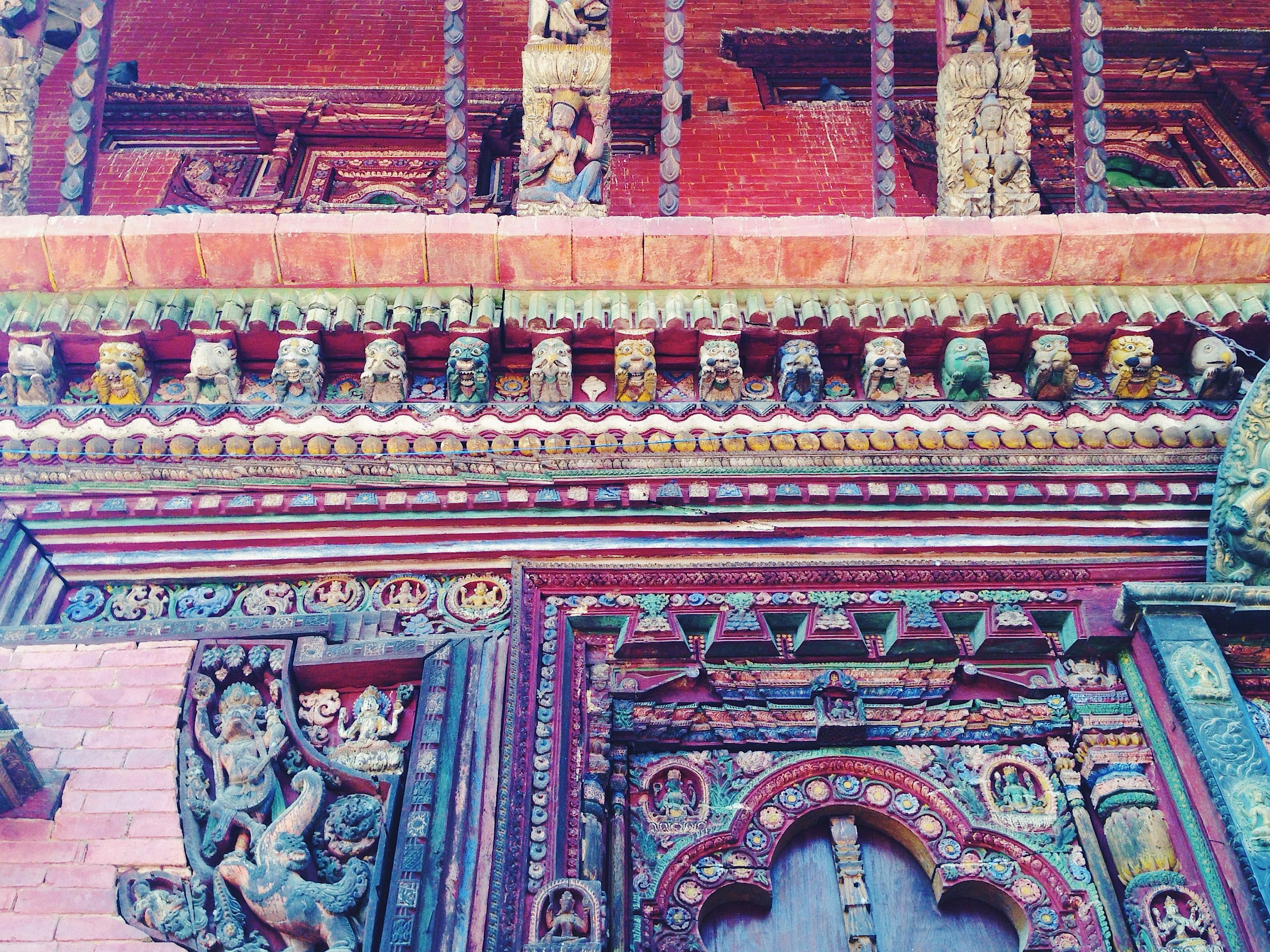 I colori del Tempio di Changu Narayan