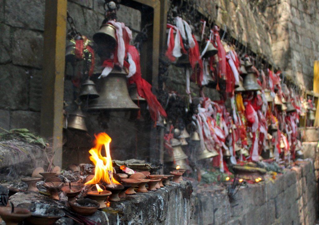 Sacrifici animali, Tempio Dakshinkali a Kathmandu in Nepal