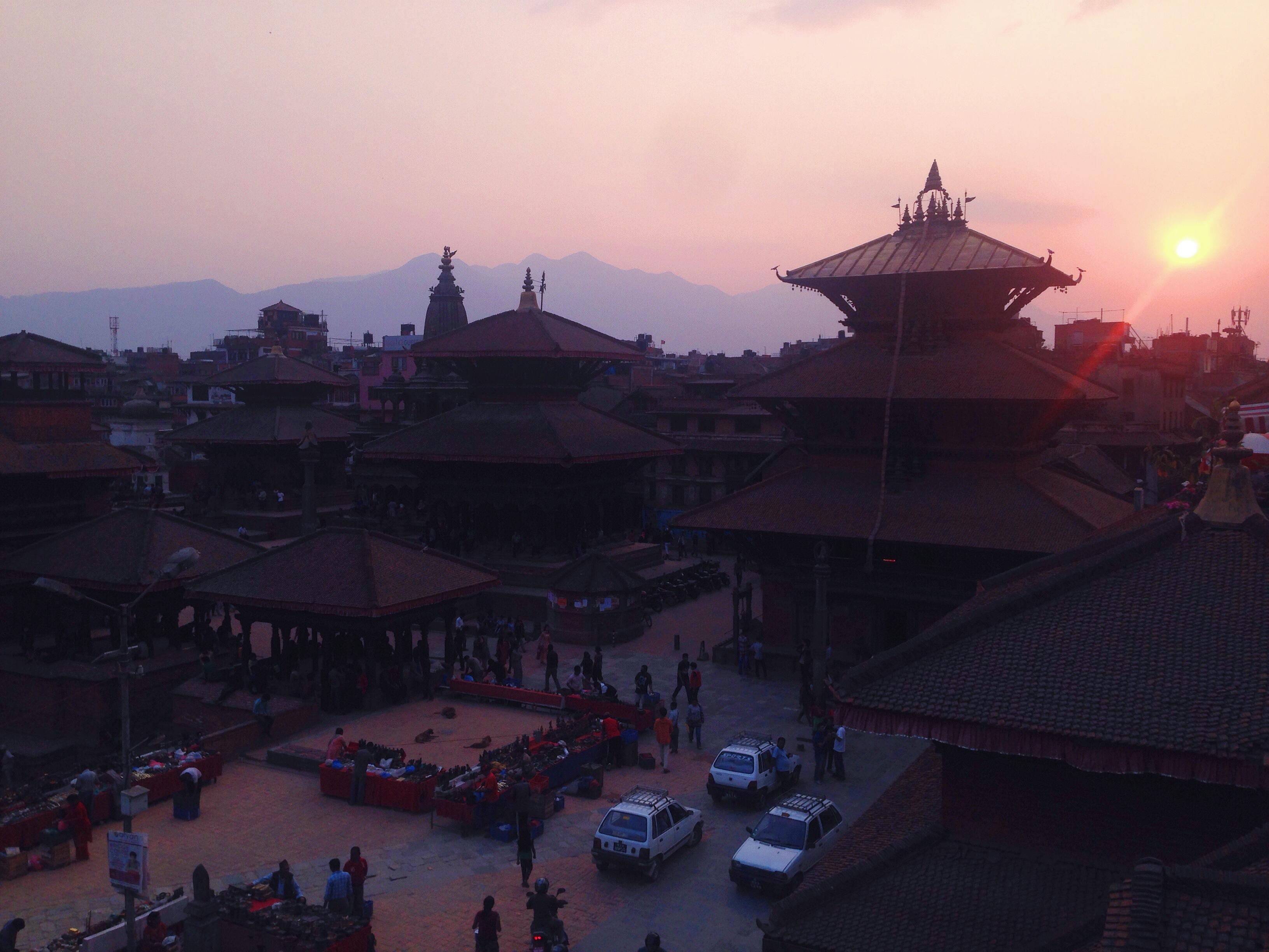 Il tramonto su Patan