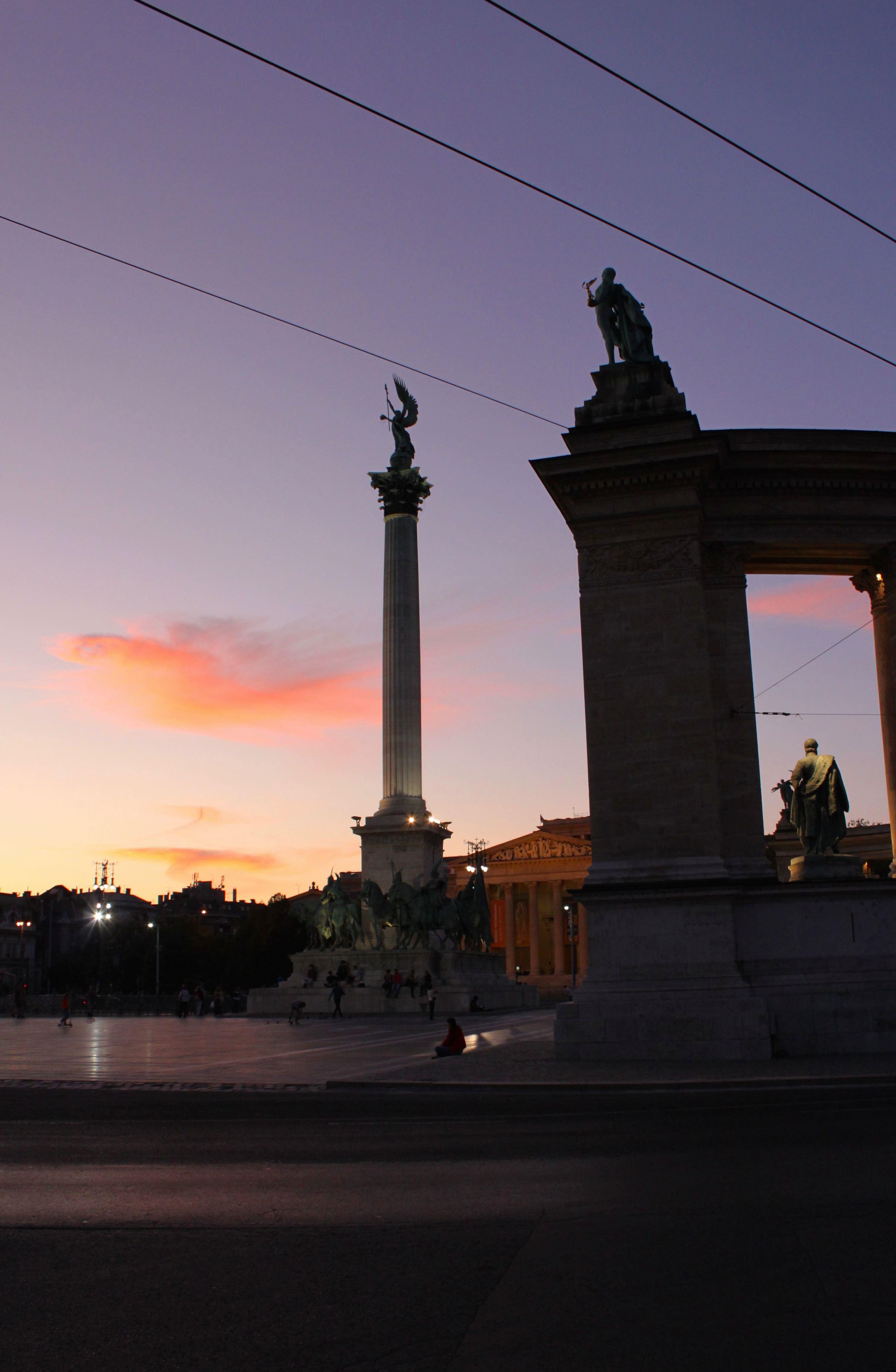 Piazza degli Eroi, uno dei luoghi più belli di tutta Budapest