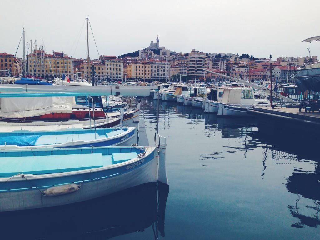 Marsiglia è un po' Provenza, un po' Mediterraneo. Profuma di lavanda, sapone e mare. Mare più di tutto.
