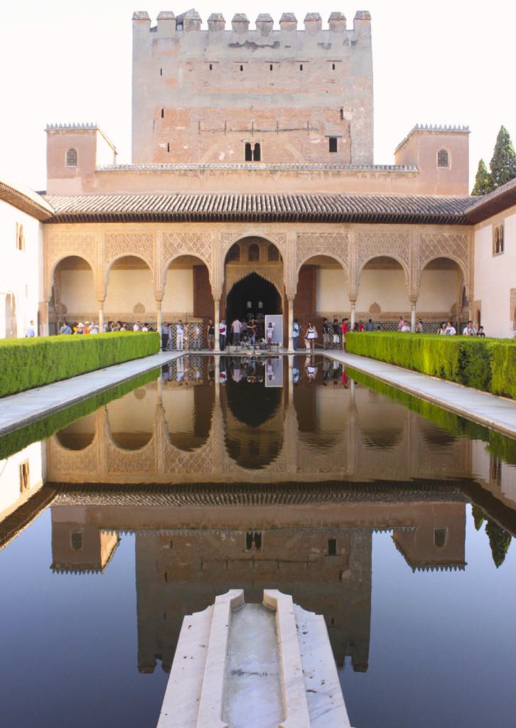 La perfezione geometrica dell'Alhambra.