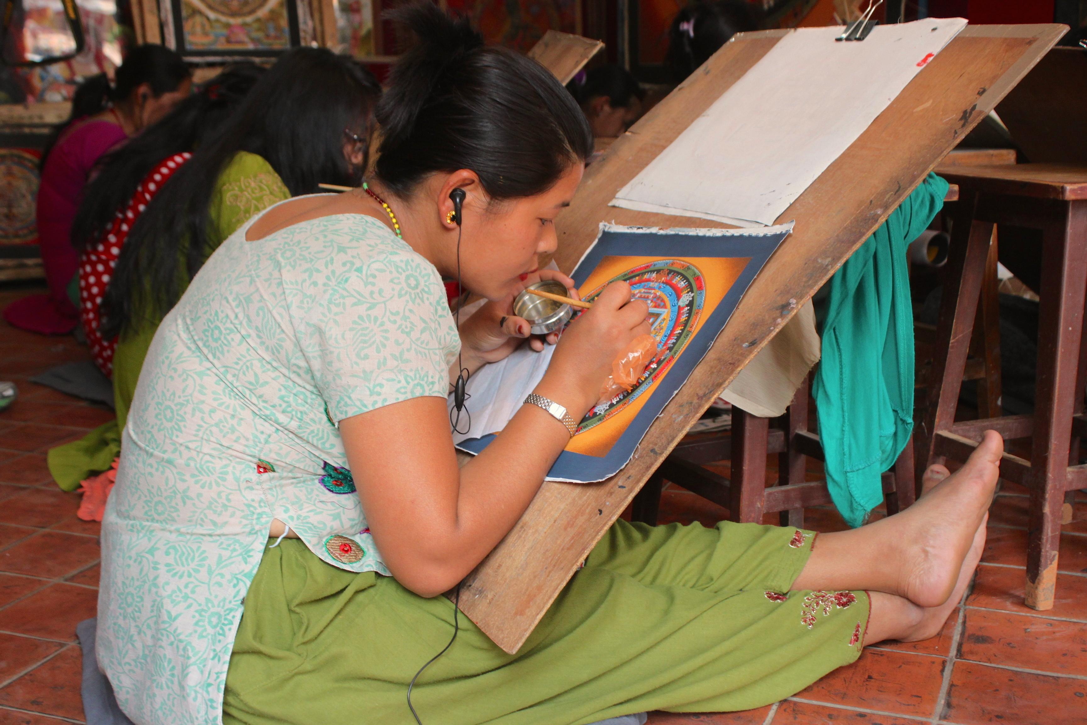 Scuola di disegno di mandala, a mano e con tanta tanta pazienza