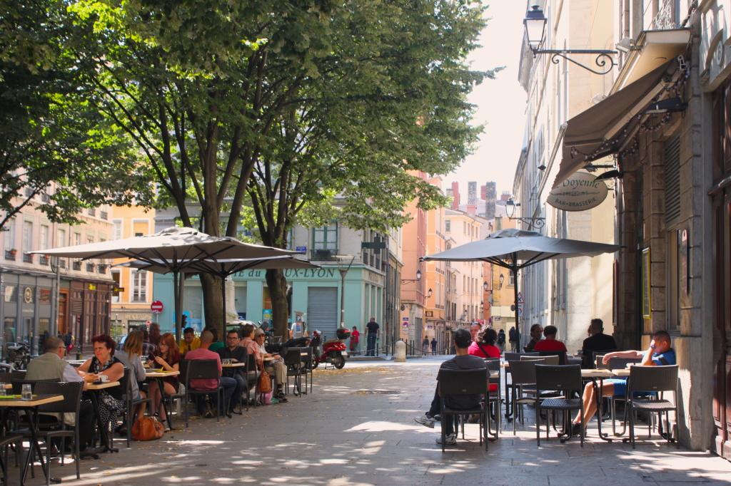 Quando penso a Lione mi viene in mente questo café