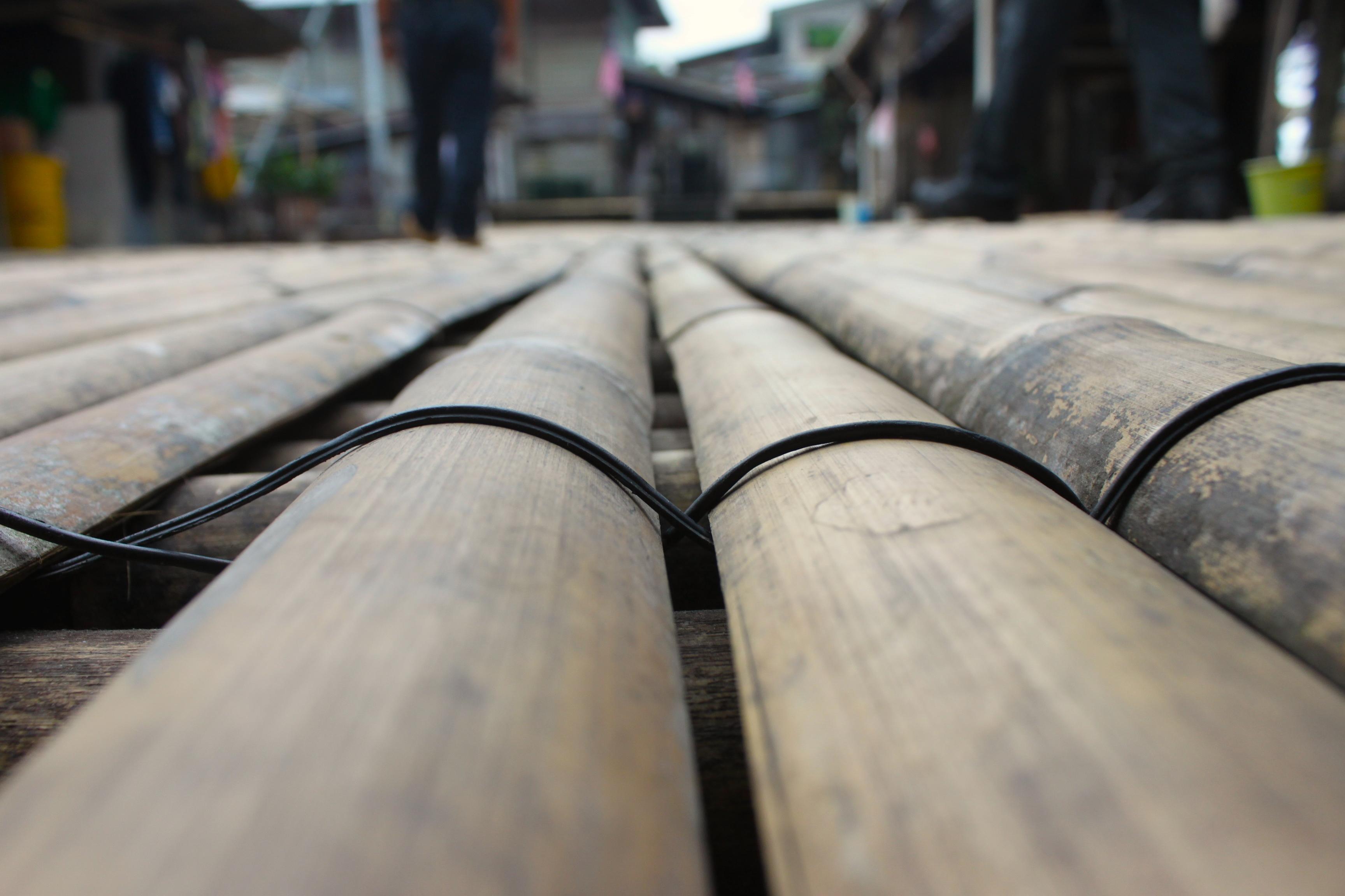 Il pavimento al villaggio Iban alle porte di Kuching