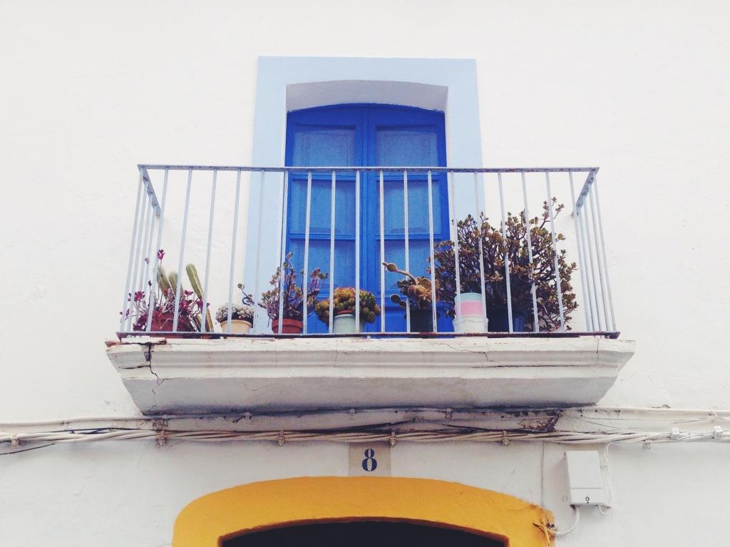 Balconi colorati a Ibiza Vecchia