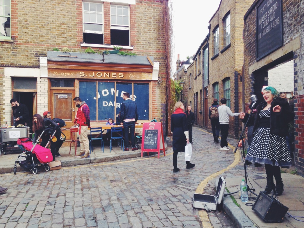 Columbia Road Market music