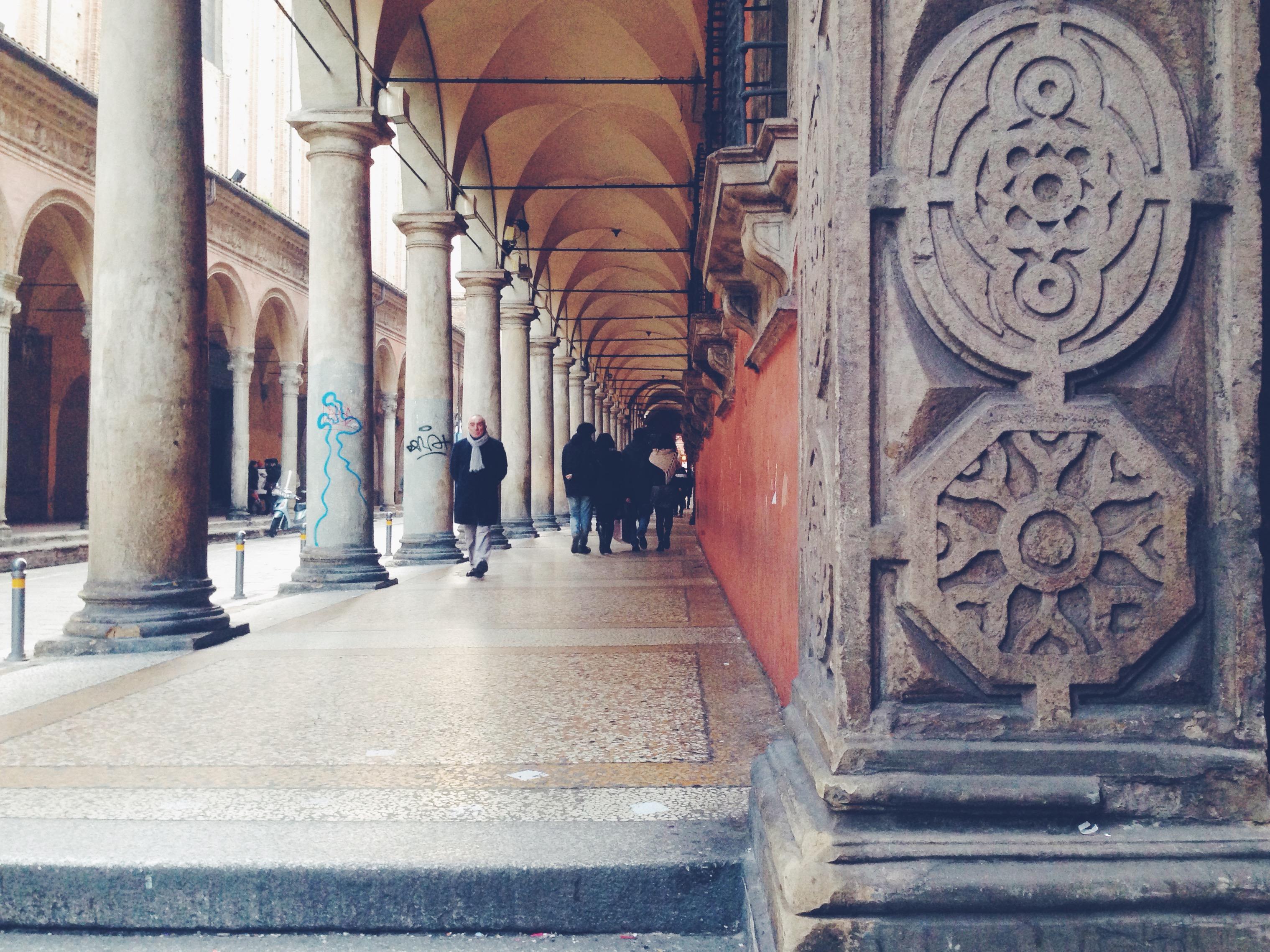 I portici di Via Zamboni, dove c'è la sede dell'Università e dopo ho passato 5 bellissimi anni della mia vita