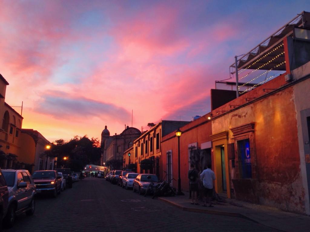 I tramonti in Messico sono tra i più belli che io abbia mai visto. Ogni giorno lo spettacolo è così.
