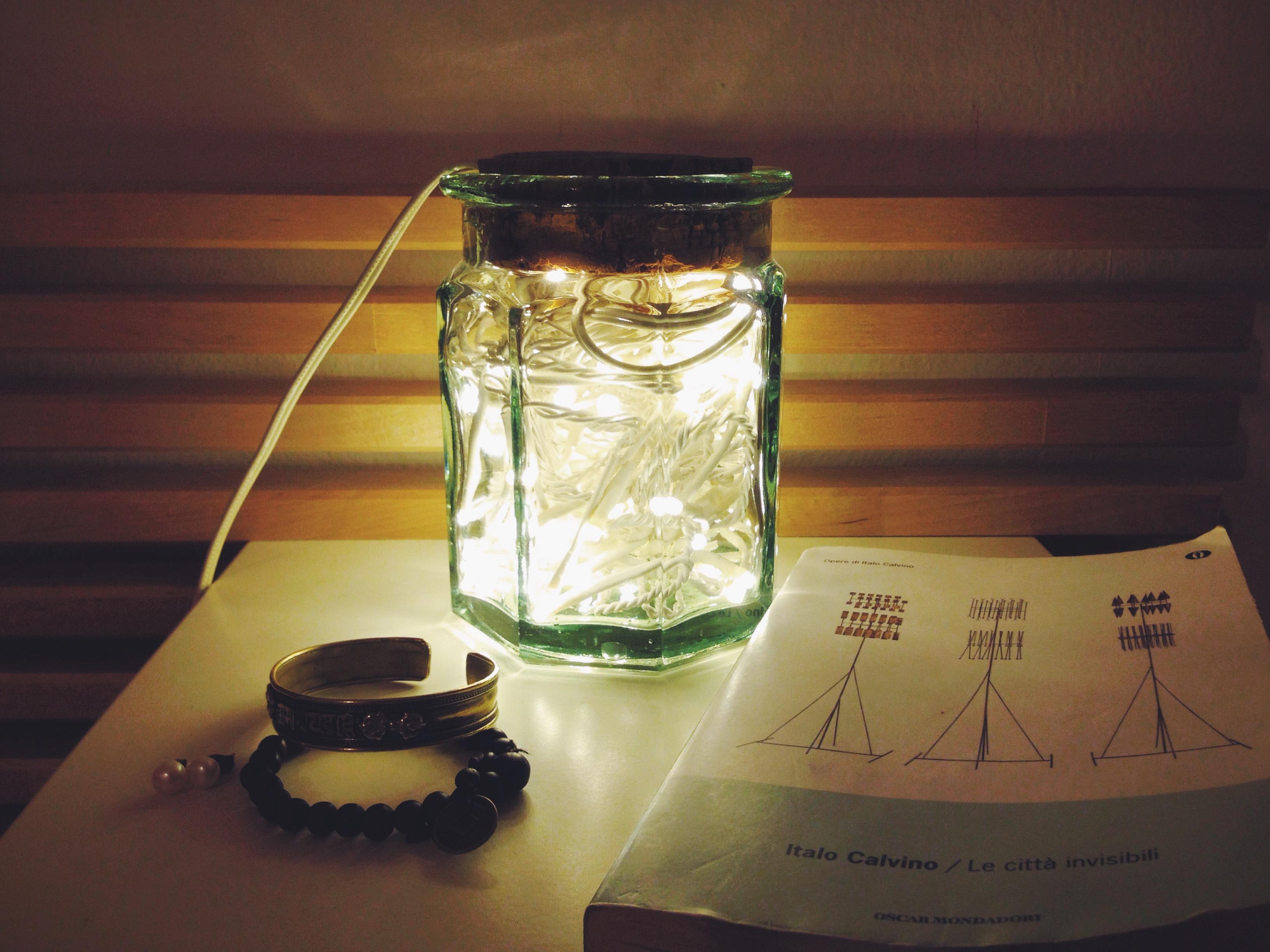 Lampadario Filo Di Ferro Fai Da Te : Lucine in un barattolo come realizzare la tua lampada via che si va