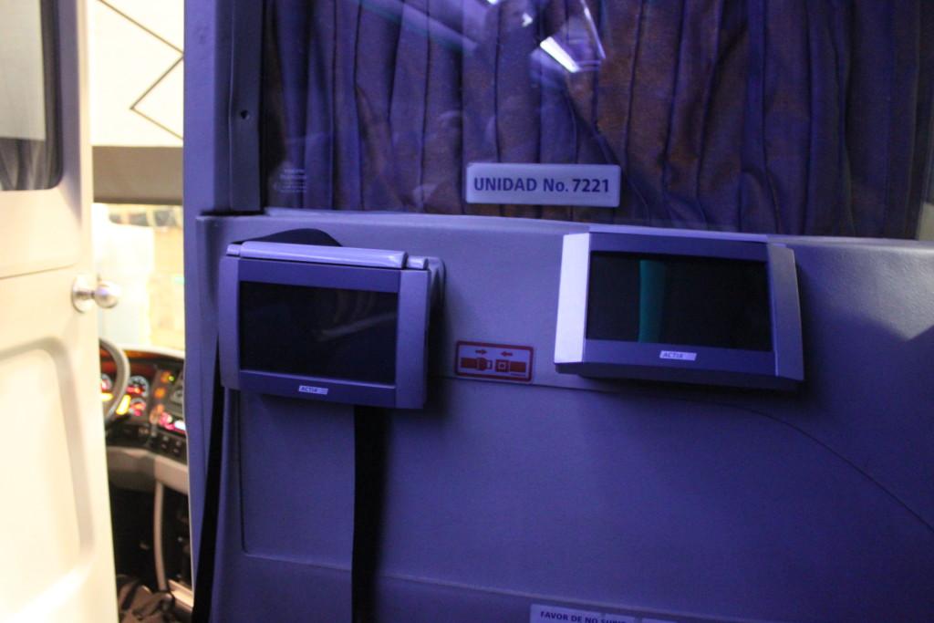 Gli schermi personali sull'ADO Platinum (che non userete perché sarete stanchi morti)