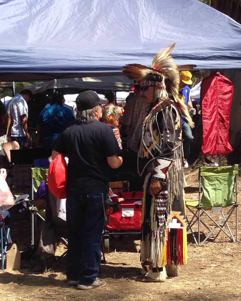 Il raduno Powwow dei nativi americani a Stanford