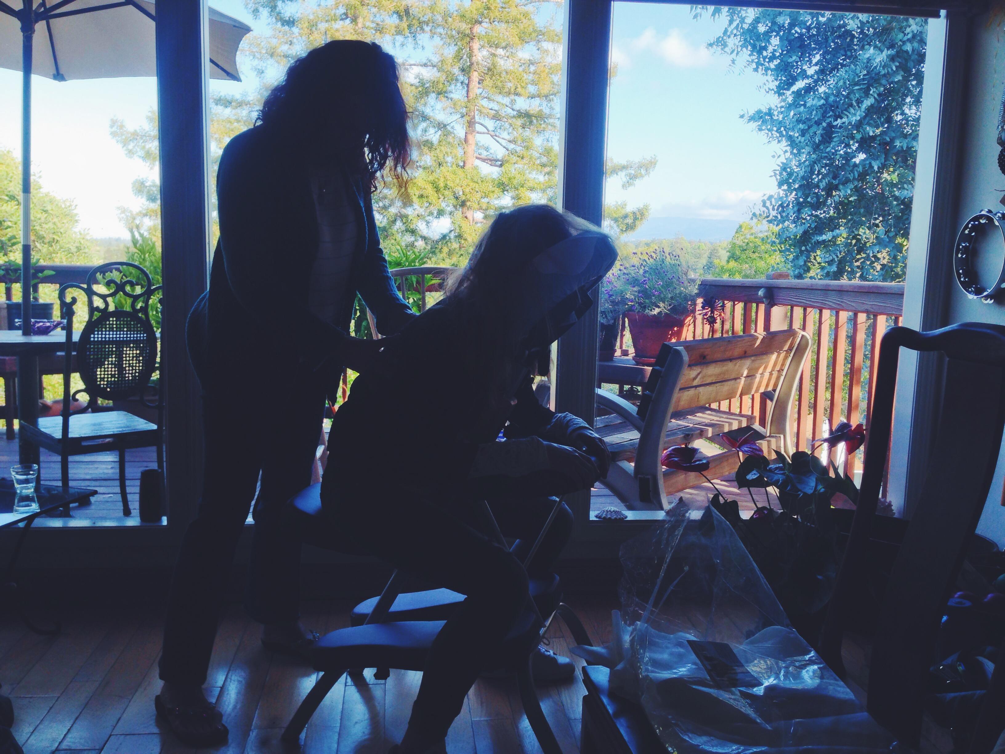 Linterno-della-casa-di-Kimberly-con-la-massaggiatrice