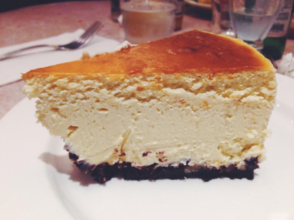 new-york-cheese-cake-in-creamery-plao-alto