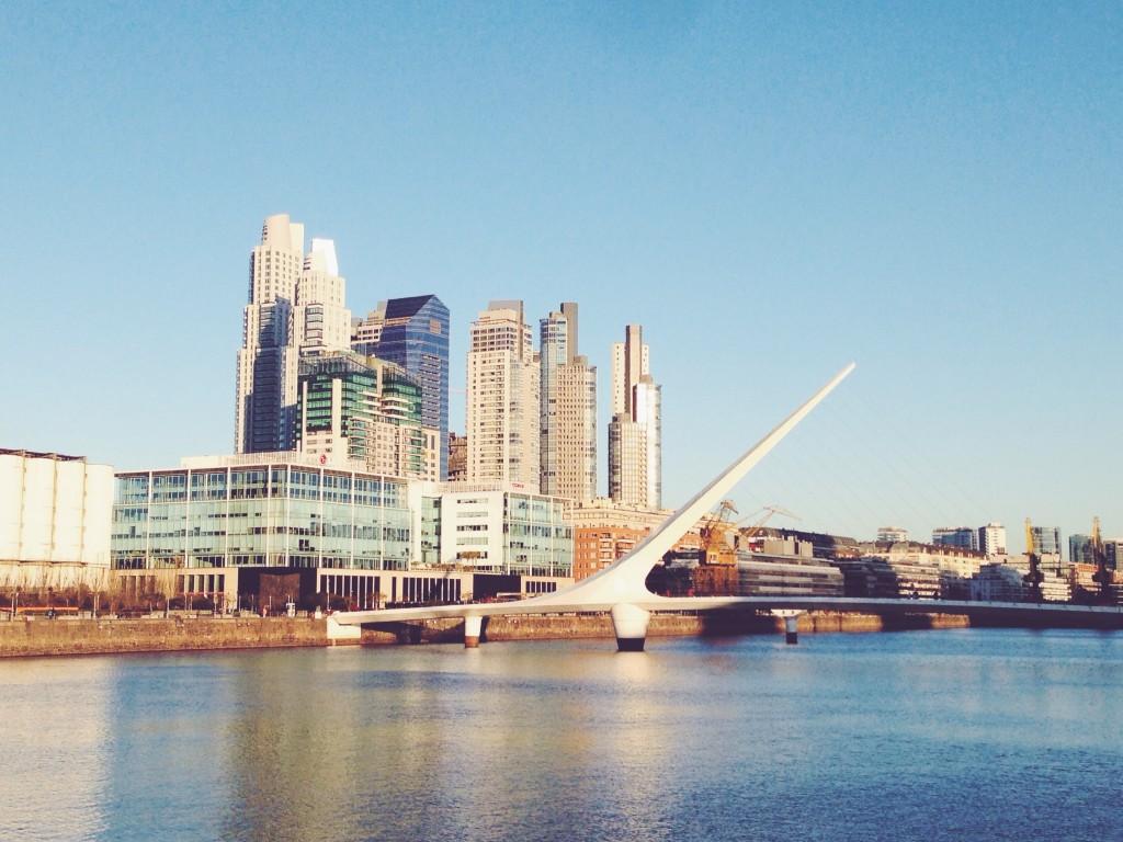 Cosa vedere a Buenos Aires - Il Puente de la Mujer di Calatrava