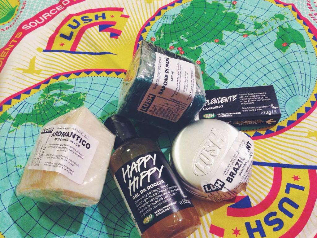 Lush prodotti da bagaglio a mano