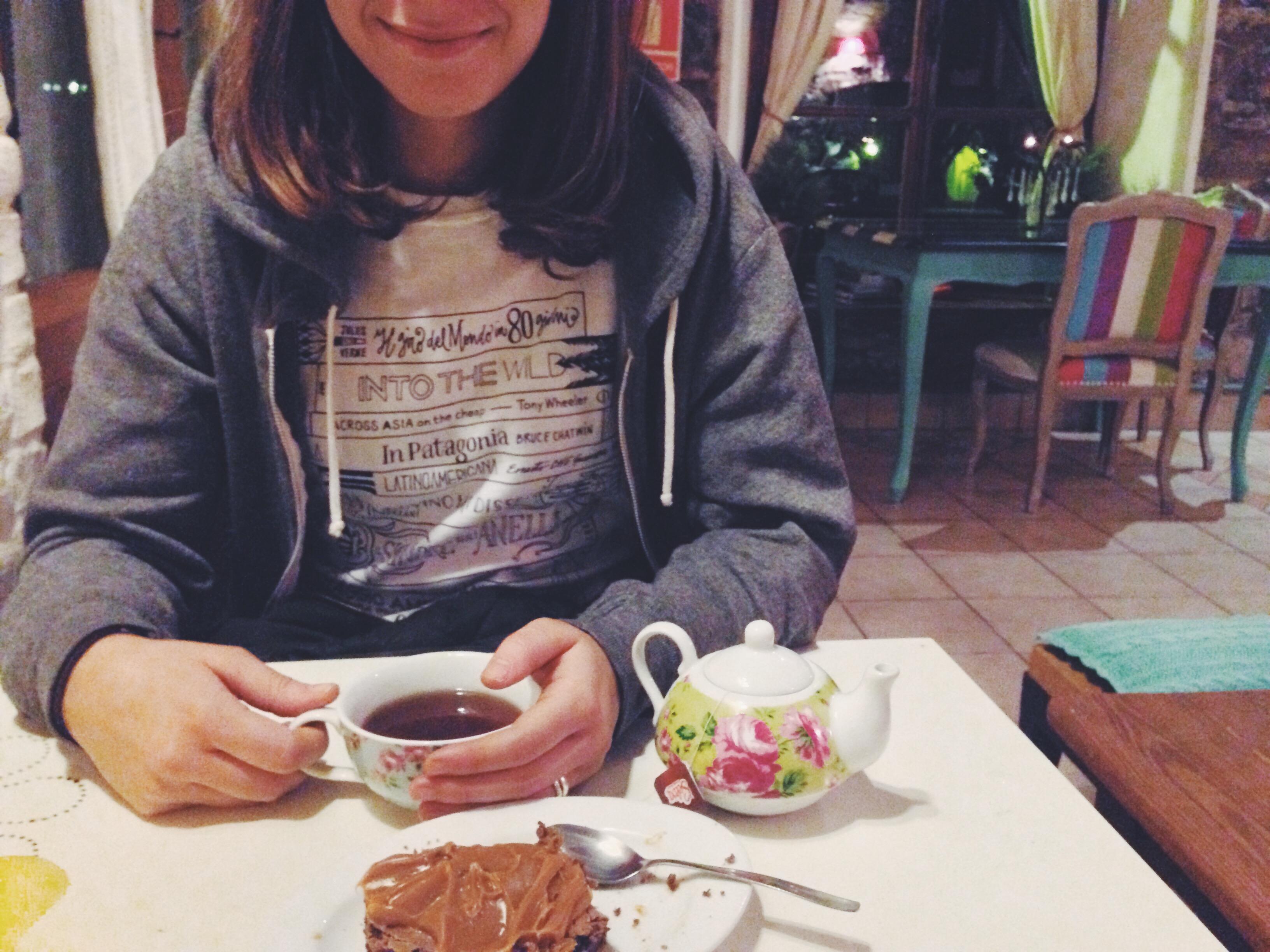 Tè, brownie al dulce de leche e Ink Your Travel