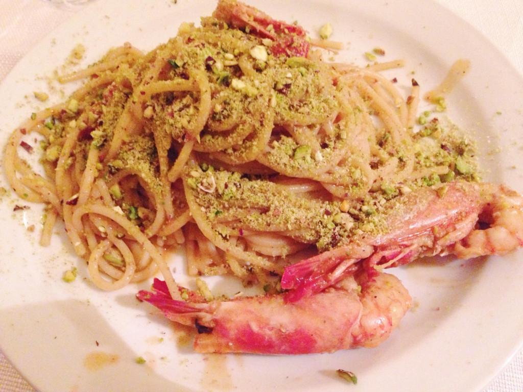 Spaghetti pistacchio e gamberi
