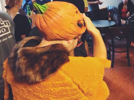 Halloween a San Francisco - vestito da zucca
