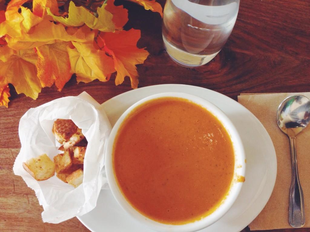 La zuppa al pomodoro, quando mi va di stare da sola