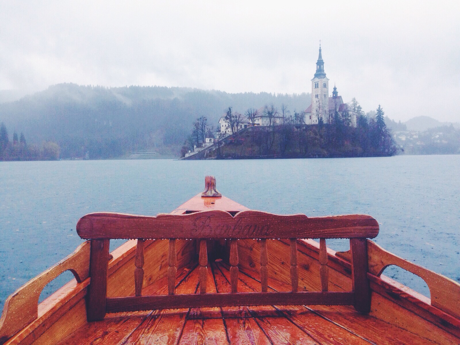 Barchetta per l'isola di Bled