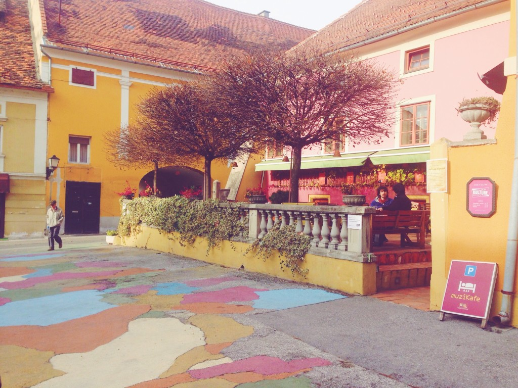 Muzikafe, caffè musicale e centro culturale