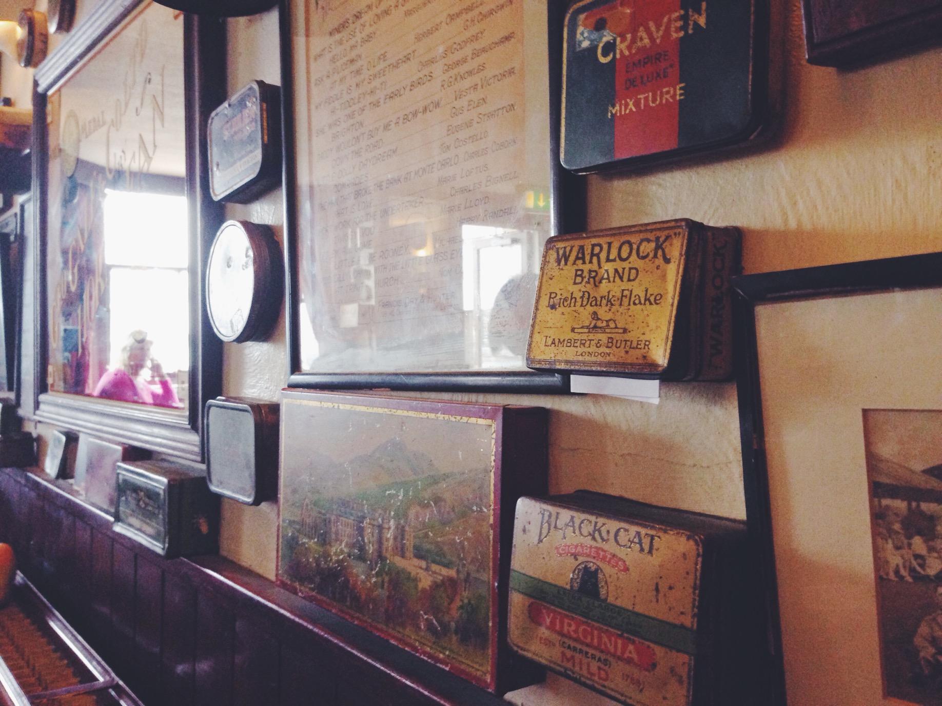 The Basketmakers - il pub con i messaggi segreti dentro le scatoline di latta, a Brighton