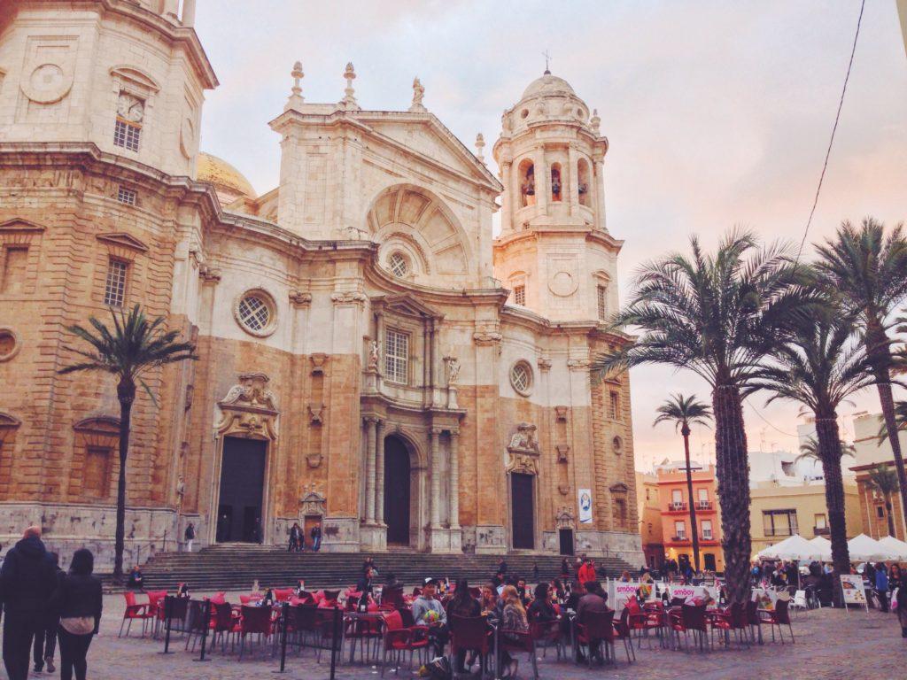 Avete presente la Cattedrale di Noto - E invece è Cadiz. Tutto il mondo è paese, ma la Spagna un po' di più
