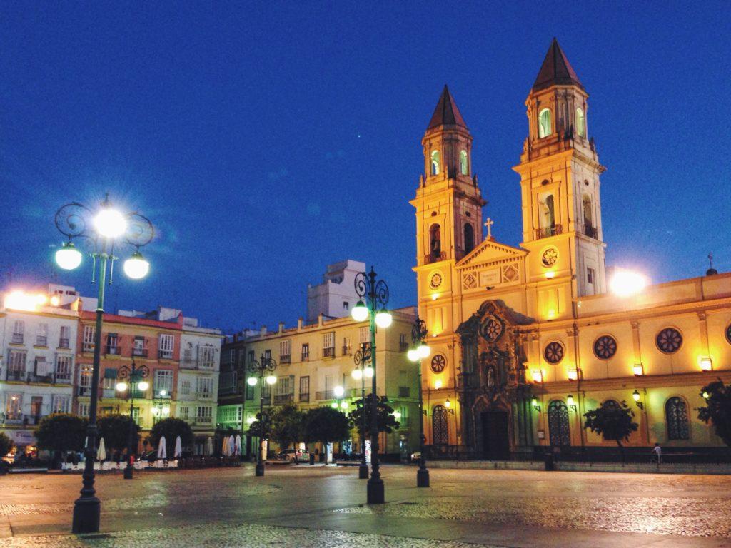 L'Andalusia di sera ha un'aria che non esiste da nessun'altra parte al mondo