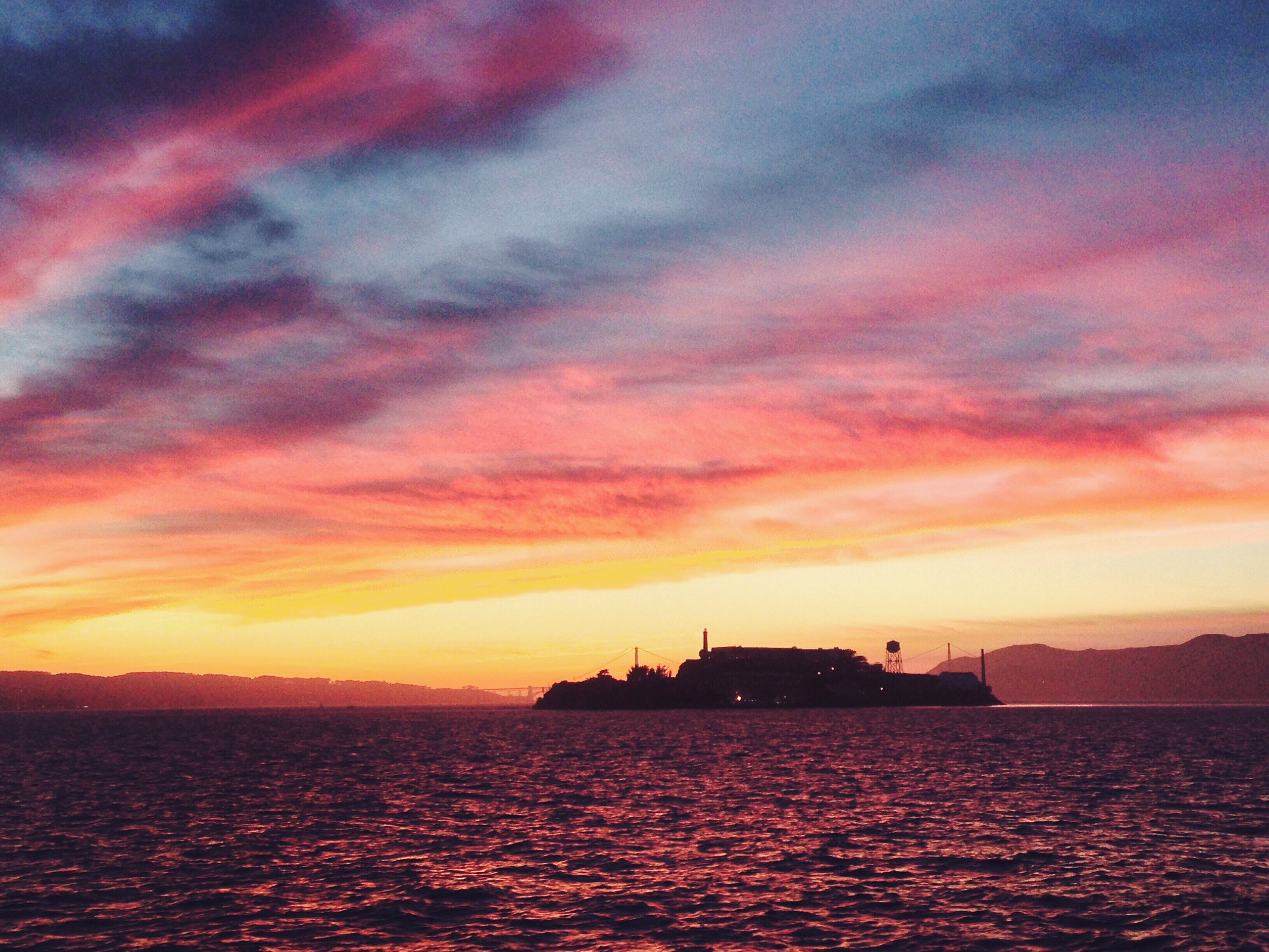 Alcatraz al tramonto