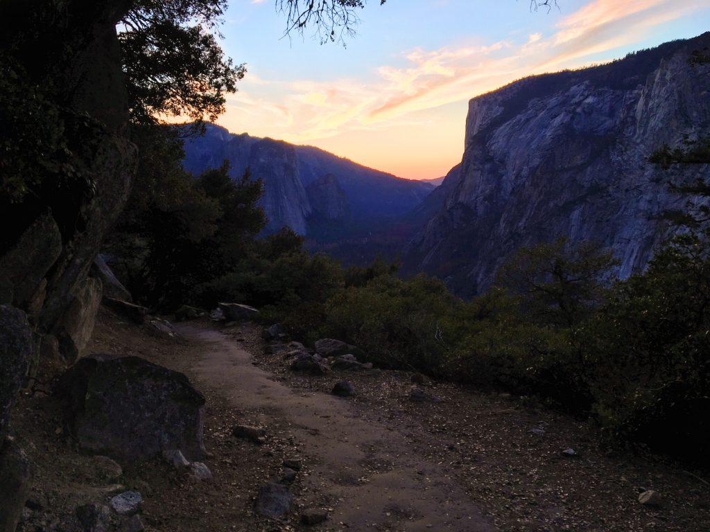 Yosemite National Park in autunno - al tramonto