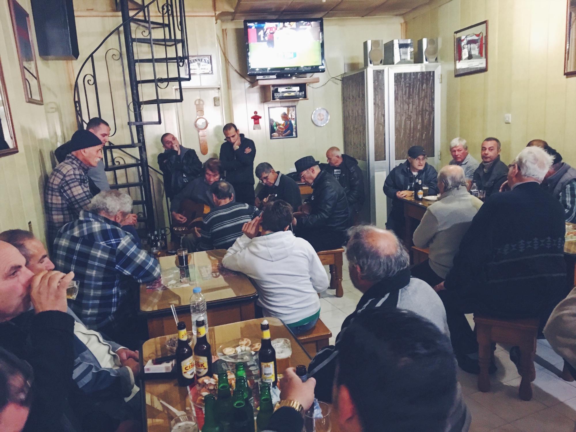La Għana è un tipico canto maltese, un misto tra il fado portoghese e gli stornelli romagnoli.