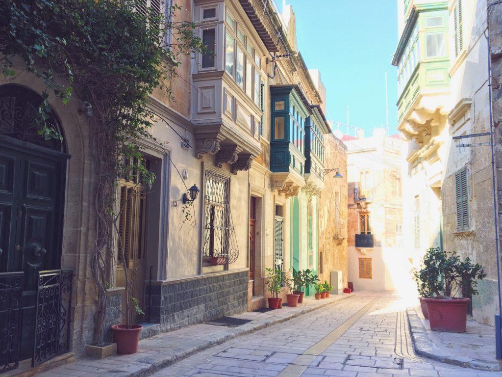 Le stradine soleggiate di Malta - Vittoriosa
